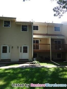 Main picture of Townhouse for rent in Coon Rapids, MN